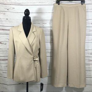 Le Suit 2PC Pant Suit Blazer Wrapped Tan Size 10
